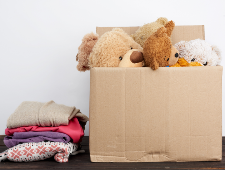 Pack an essentials box when you move home with kids