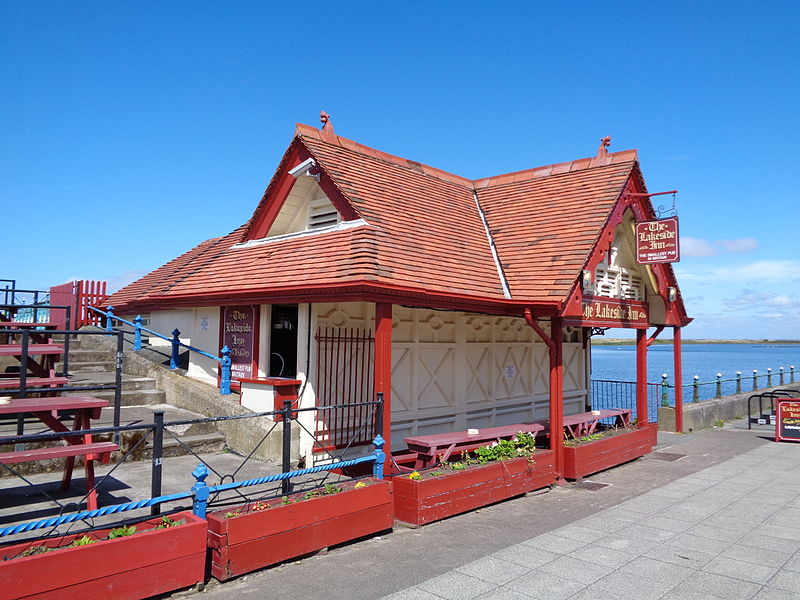 The Lakeside Inn, Southport